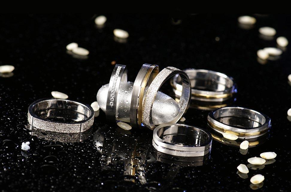 μεταχειρισμένα κοσμήματα